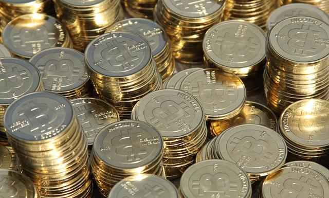 Ambitieuze bitcoin initiatieven schieten uit de grond en beloven u gouden bergen.